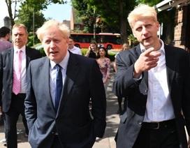 """""""Cuộc chiến"""" Brexit khốc liệt ngay trong gia đình Thủ tướng Anh"""