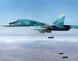 """Hai """"xe tăng bay"""" Su-34 Nga va chạm trên không"""
