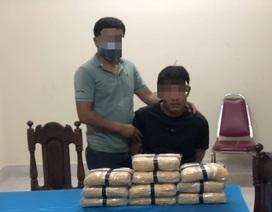 Bắt đối tượng vận chuyển 60.000 viên ma túy tổng hợp
