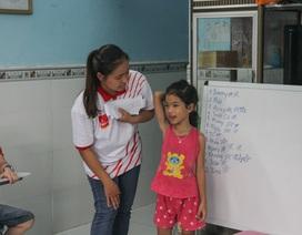 Những người trẻ mang tiếng Anh về làng