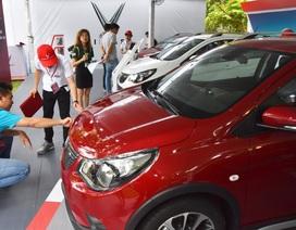 Cuộc đua giảm giá ô tô ngày càng quyết liệt