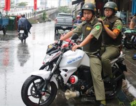 Ban bảo vệ dân phố duy nhất được trang bị áo giáp, mô tô phân khối lớn