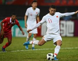 Cầu thủ nhập tịch ghi 2 bàn, Trung Quốc đại thắng ngày ra quân