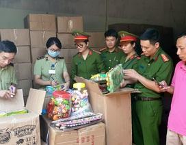 Bộ Công an bắt giữ 50 tấn bánh kẹo, đồ chơi Trung thu nhập lậu