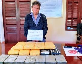 Bắt vụ vận chuyển 7 bánh heroin và 56 nghìn viên ma túy tổng hợp
