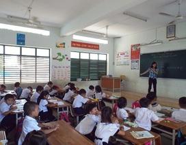 Gần 100 học sinh theo học tại 2 điểm phụ trên Vịnh Nha Trang