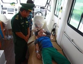 5 ngư dân ngộ độc trên biển, một người tử vong