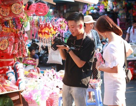 Dân mạng thích thú với dịch vụ thuê người yêu đi chơi trung thu