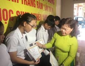 Quảng Trị:  Trao hàng chục suất học bổng cho học sinh nghèo