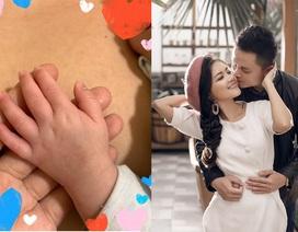 Thanh Ngọc sinh con đầu lòng bằng thụ tinh nhân tạo sau 9 năm kết hôn
