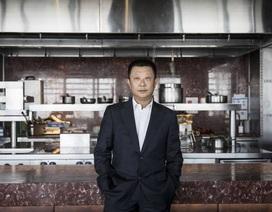 """""""Ông trùm"""" lẩu Tứ Xuyên Trung Quốc trở thành người giàu nhất Singapore"""