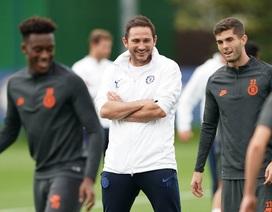 Các cầu thủ Chelsea tươi rói trong buổi tập trước trận gặp Valencia