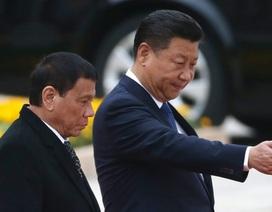 """Tranh cãi """"nảy lửa"""" về thỏa thuận giữa quân đội Philippines và công ty Trung Quốc"""