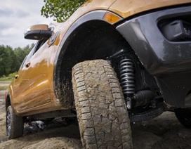 """Ford Ranger """"lên đời"""" bằng giảm xóc Fox chính hãng"""