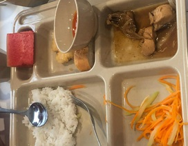 """Trường quốc tế bị tố có bữa ăn """"nhìn muốn khóc"""": Sở Giáo dục TPHCM vào cuộc"""