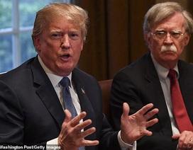 """Vừa dứt áo ra đi, cựu cố vấn an ninh Mỹ """"nói xấu"""" Tổng thống Trump"""