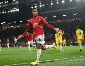"""Những khoảnh khắc đầy khó nhọc của Man Utd trước """"đối thủ vô danh"""""""