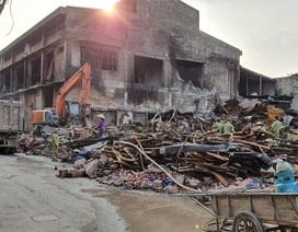 Vụ cháy công ty Rạng Đông: Bộ đội hóa học đã tẩy sạch được 2.000m2