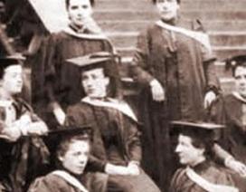 Đại học Edinburgh: Trao bằng đại học cho sinh viên sau... 150 năm