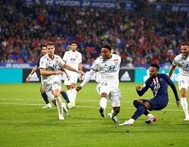 Lyon 0-1 PSG: Neymar lại sắm vai người hùng