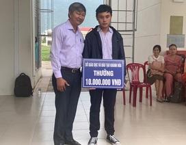 Sở GD-ĐT tỉnh Khánh Hòa khen thưởng Á quân Olympia năm 2019