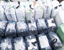 Phát hiện hàng vạn bao thuốc lá nghi nhập lậu tại nhà dân