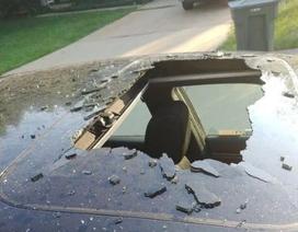 Ô tô vỡ tung cửa nóc vì một chai dầu gội bên trong xe phát nổ