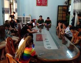 28 khách cùng nhân viên phê ma túy trong quán karaoke