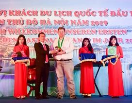 Hà Nội đón vị khách quốc tế đầu tiên năm 2019