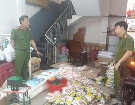Phát hiện cơ sở sản xuất hàng ngàn gói hạt nêm, bột ngọt giả