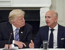 Ông Trump bị nghi liên quan tới vụ phanh phui chuyện ngoại tình của tỷ phú Amazon