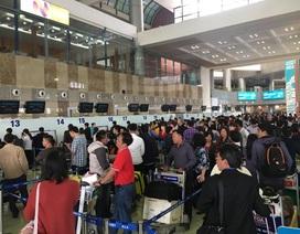 Sân bay Nội Bài hạn chế người đưa tiễn dịp Tết để tránh ùn tắc