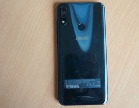 Trên tay Zenfone Max (M2) và Zenfone Max Pro (M2)