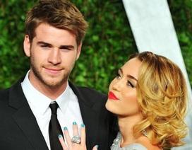 """Bức thư tình ngọt ngào Miley Cyrus dành cho """"ông xã"""" Liam Hemsworth"""