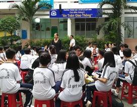 TPHCM: Trường học phải báo cáo khi đón khách nước ngoài