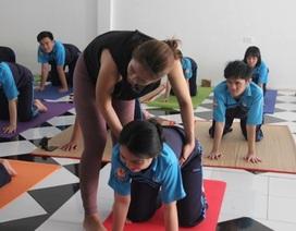 Trường THPT đưa Yoga vào thời khóa biểu chính thức lớp 12