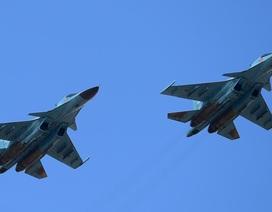 """Hai máy bay Su-34 của Nga """"đụng"""" nhau trên không, chưa rõ số phận phi công"""