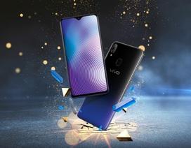 Điểm nhấn cuối năm 2018, smartphone màn hình tràn, biến tấu tai thỏ, giá tốt hơn