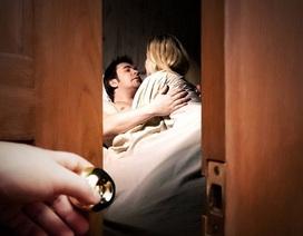 Phát hiện chồng có bồ, vợ chỉ ra tay một chiêu thôi mà chồng phải quay về quỳ gối van xin