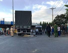 Trên đường đi khám thai, nữ công nhân bị xe tải cán tử vong