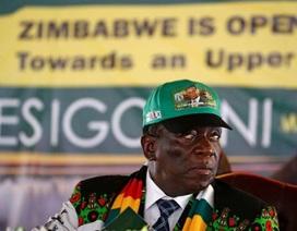 Không trả nổi lương, Zimbabwe sa thải hơn 3.000 công chức
