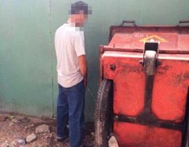 Đi vệ sinh không đúng chỗ, người đàn ông bị đâm chết
