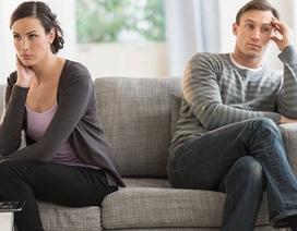 Bực mình với ông chồng chỉ nghĩ cho mẹ và em gái, coi vợ như người dưng nước lã