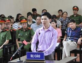 Bác sĩ Hoàng Công Lương có đủ sức khỏe dự phiên tòa ngày mai?
