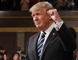 """Ông Trump khoe chi 2.500 tỷ USD cho dàn vũ khí """"tuyệt vời nhất"""""""