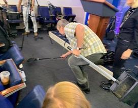 Chuột gây hỗn loạn trong cuộc họp báo ở Nhà Trắng