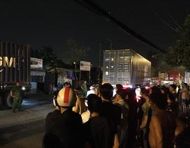 """Liên tiếp va chạm với 2 xe container, người cha trẻ tử vong trên đường """"tử thần"""""""