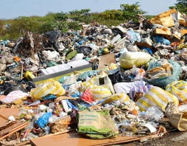 """""""Đau đầu"""" tìm giải pháp xử lý hàng trăm ngàn tấn rác thải"""