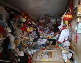 Phát hiện thi thể phân hủy của cụ ông 68 tuổi trong căn hộ ngập rác