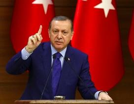 """Thổ Nhĩ Kỳ bắt đầu """"khai hỏa"""" chiến dịch quân sự tại Syria"""